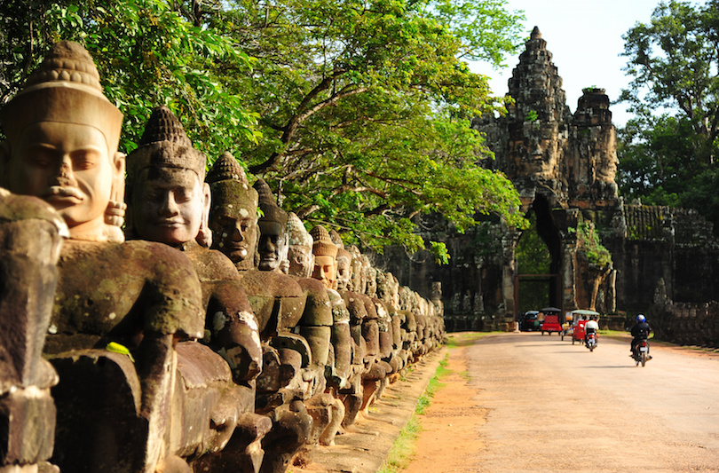 Car English-speaking Driver ANGKOR WAT BANTAY SREY